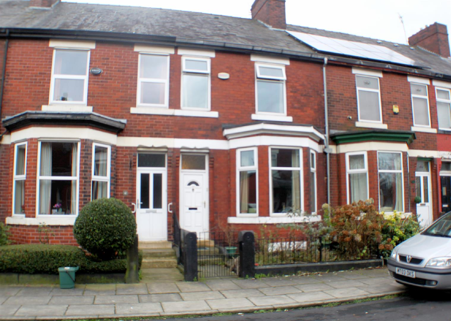 3 Bedrooms Terraced House for sale in Cardigan Street, Salford